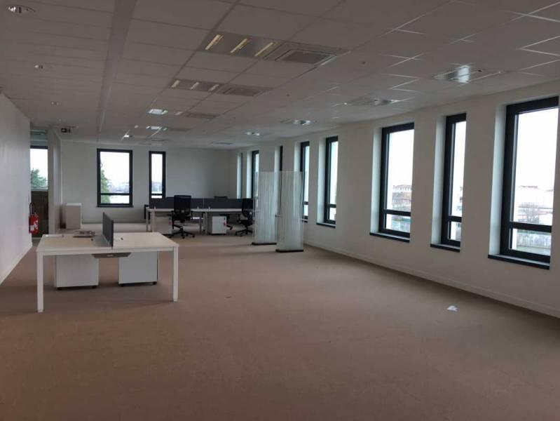location vente bureaux choisy le roi 94600 310m2. Black Bedroom Furniture Sets. Home Design Ideas