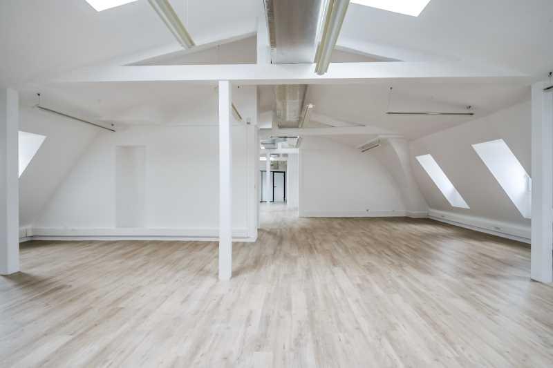 location bureaux paris 75009 177m2. Black Bedroom Furniture Sets. Home Design Ideas