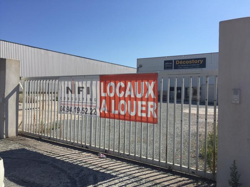 LOCAUX D'ACTIVITES BUREAUX
