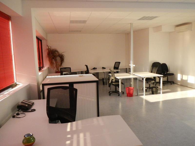 Bureaux meublés Parc d'Activité de Signes (83870) 120 m² - Photo 1
