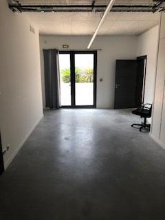 Location bureaux d'environ 36 m² ZI Plaine du Caire - 13830 Roquefort la Bédoule - Photo 1