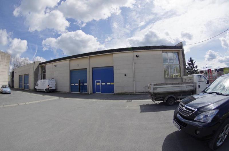 A LOUER local d'activité d'une surface de 222 m² à Lagny sur Marne - Photo 1