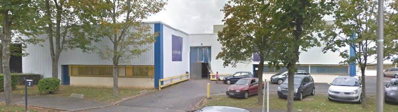 A LOUER local d'activité de 570 m² dont 106 m² de bureaux à Collégien - Photo 1