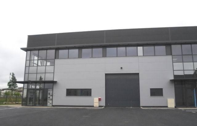 A LOUER Bureaux de 135 m² à Montévrain - Photo 1