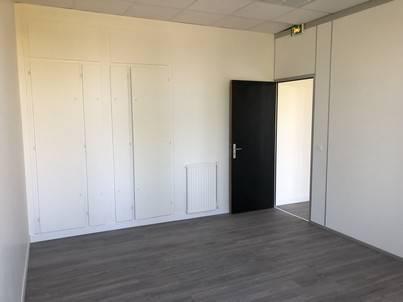 Orchestras propose à la location 45 m² de bureaux - Photo 1