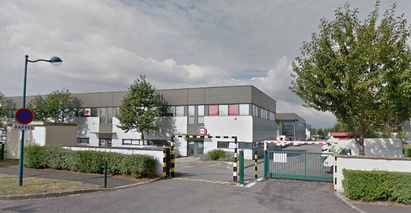 A LOUER local d'activité de 183 m² dont 69 m² de bureaux situé à Montévrain - Photo 1