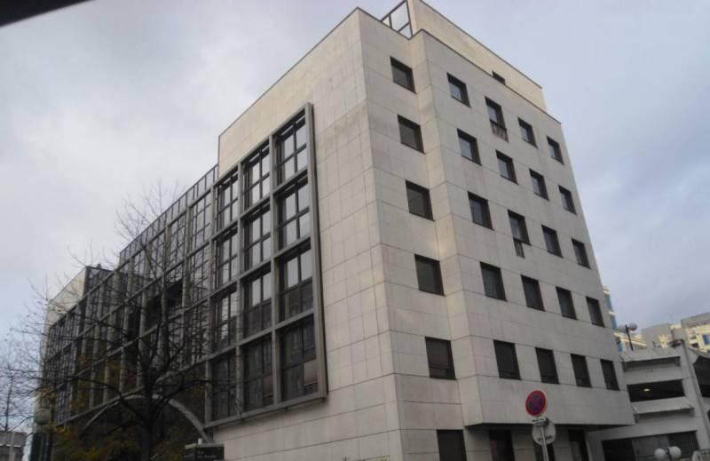Location bureaux noisy le grand 93160 60m2 for Immeuble camembert noisy le grand