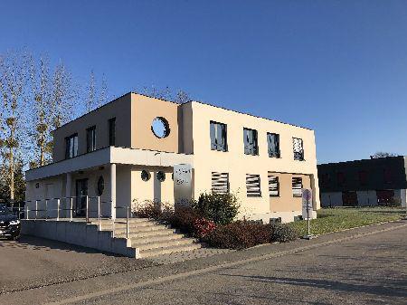 Bureaux 186 m² (Div. 93 m² à louer(LA-WANTZENAU 67610) - Photo 1