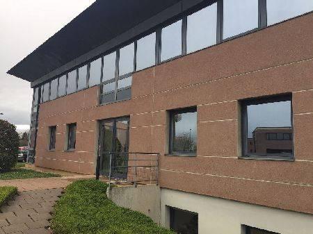 location bureaux oberhausbergen 67205 93m2. Black Bedroom Furniture Sets. Home Design Ideas