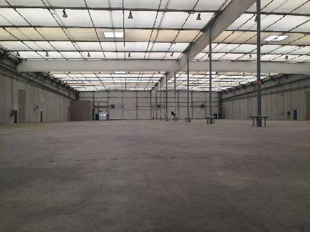 Entrepôt 16108 m² (Div. 5182 m² à louer(STRASBOURG 67100)