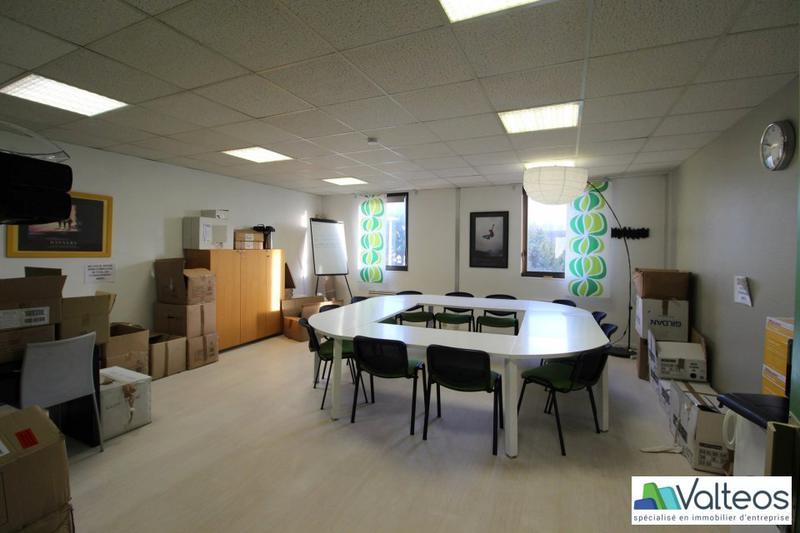 Location locaux d activités antony m² u bureauxlocaux