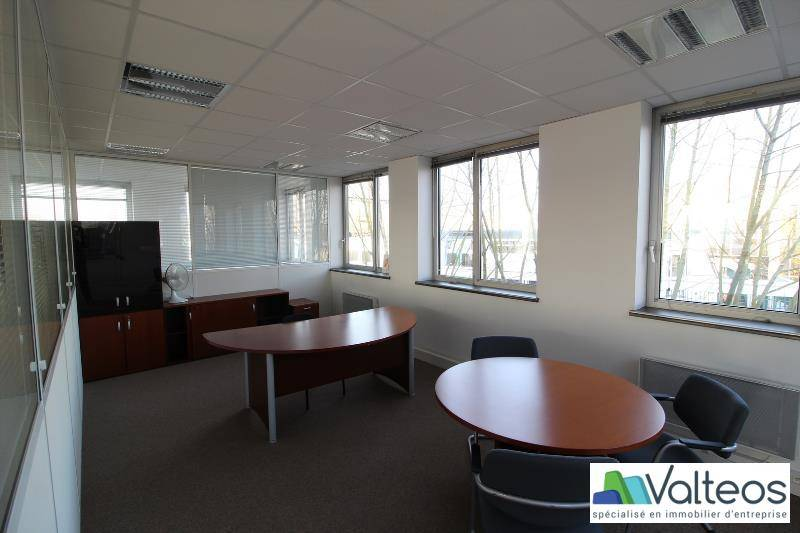 location bureaux neuilly plaisance 93360 280m2. Black Bedroom Furniture Sets. Home Design Ideas