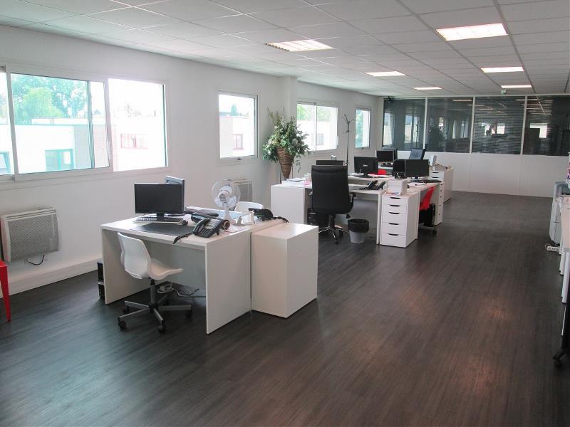 vente bureaux neuilly plaisance 93360 700m2. Black Bedroom Furniture Sets. Home Design Ideas