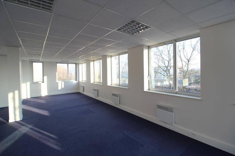 location bureaux neuilly plaisance 93360 213m2 bureauxlocaux