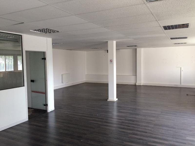 location entrep ts locaux d 39 activit s neuilly plaisance 93360 313m2. Black Bedroom Furniture Sets. Home Design Ideas