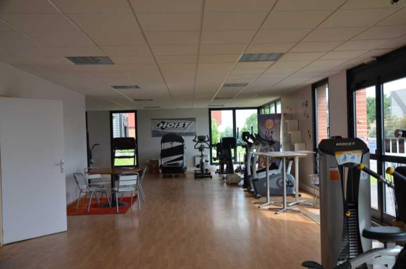 Location Commerces Nieppe 59850 - Photo 1