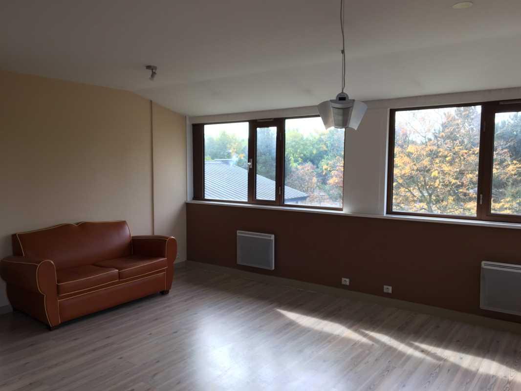 location bureaux villeneuve d 39 ascq 59650 225m2. Black Bedroom Furniture Sets. Home Design Ideas