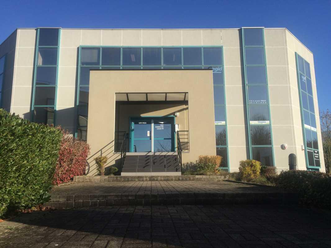 location bureaux villeneuve d 39 ascq 59650 413m2. Black Bedroom Furniture Sets. Home Design Ideas