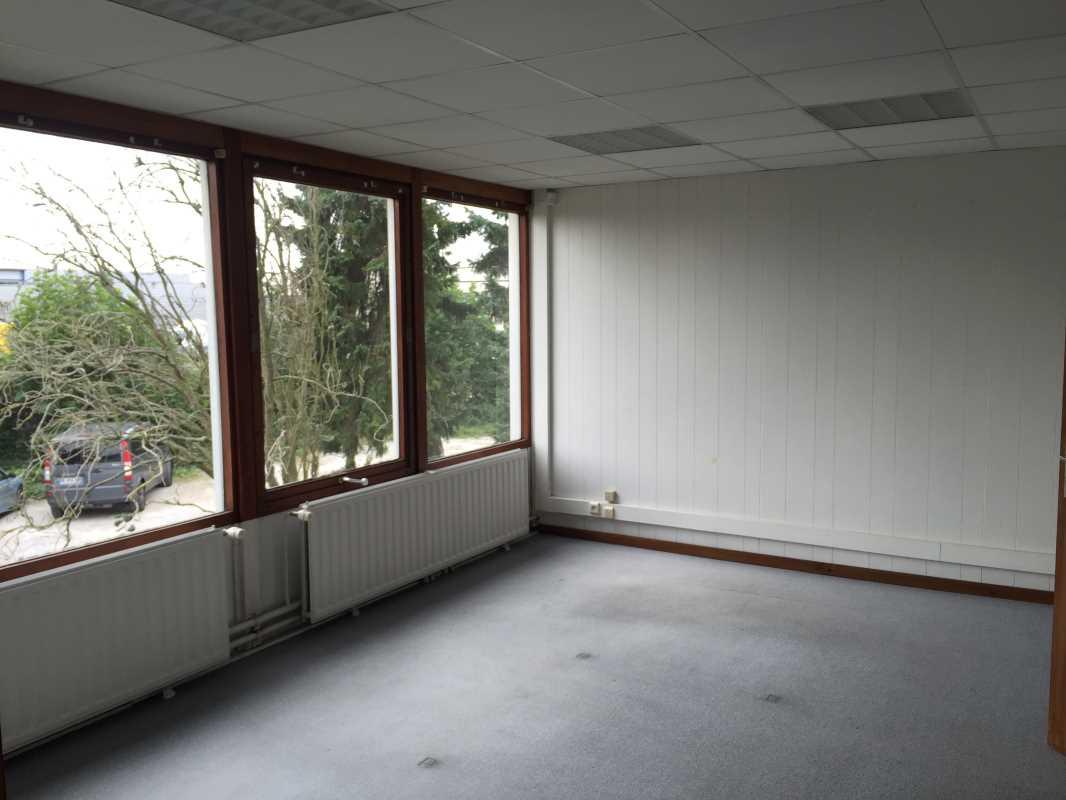 A LOUER, Lesquin Fretin bureaux à louer 15 m2 - Photo 1