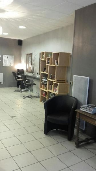 Fonds de commerce coiffure - Photo 1