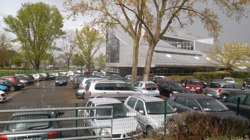 Bureaux à Bordeaux lac de 91 m2 - Photo 1