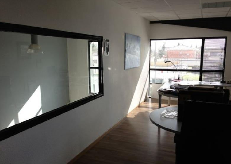 Local commercial 190 m² - Photo 1