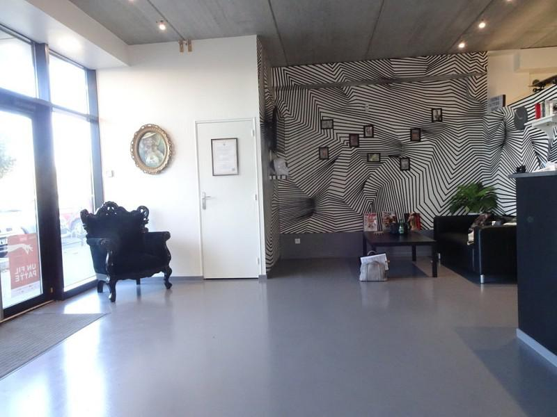 Local commercial 79 m² - Photo 1