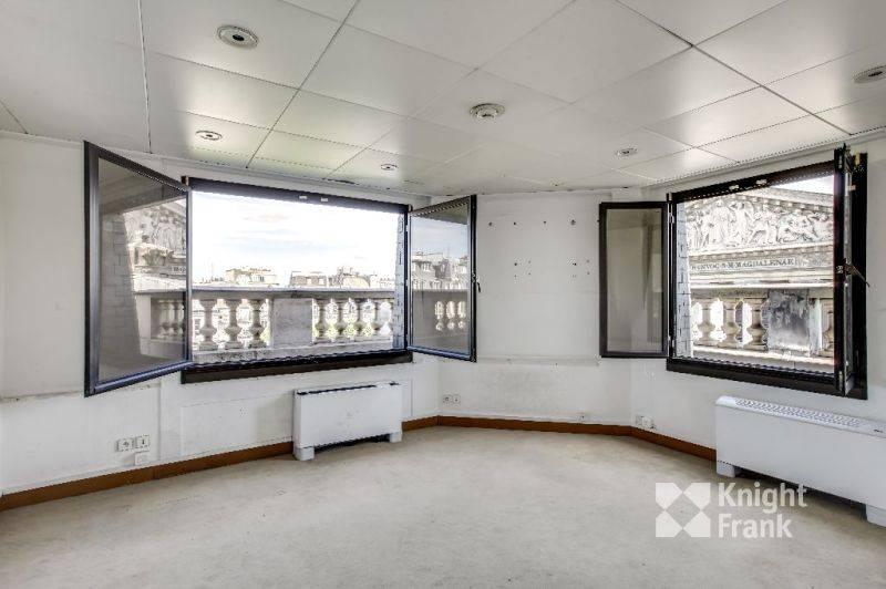 location bureaux paris 75008 144m2. Black Bedroom Furniture Sets. Home Design Ideas