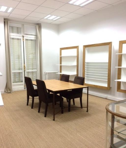 Location bureaux paris 75016 240m2 for Location bureau 13