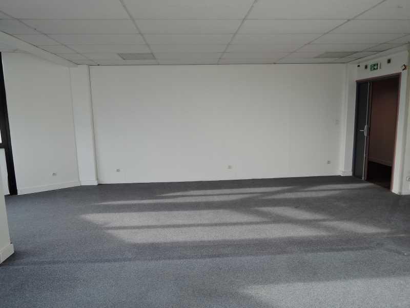Location bureaux champigny sur marne 94500 200m2 for Parquet carrelage champigny sur marne