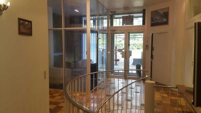vente bureaux locaux d 39 activit s la garenne colombes 92250 419m2. Black Bedroom Furniture Sets. Home Design Ideas
