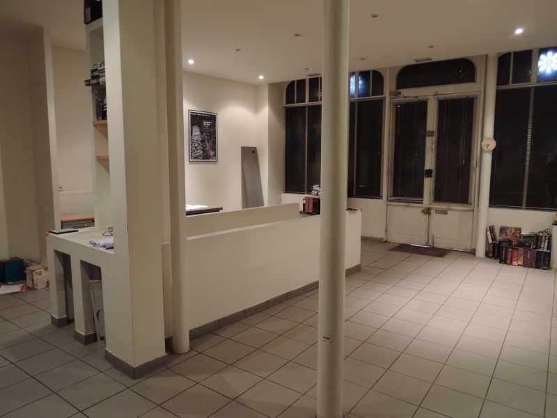 vente bureaux locaux commerciaux paris 75018 100m2. Black Bedroom Furniture Sets. Home Design Ideas