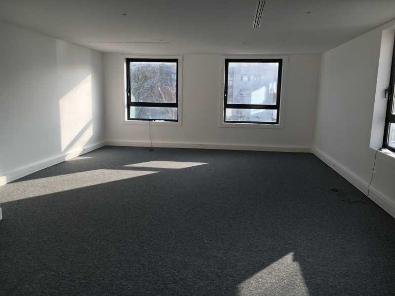 location vente bureaux franconville 95130 42m2. Black Bedroom Furniture Sets. Home Design Ideas