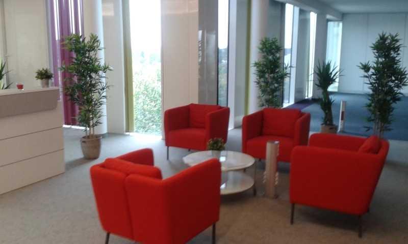 location vente bureaux lieusaint 77127 150m2. Black Bedroom Furniture Sets. Home Design Ideas