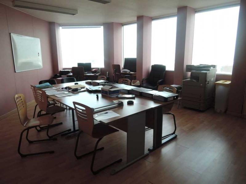 location achat vente bureaux commerces locaux pantin 93500. Black Bedroom Furniture Sets. Home Design Ideas