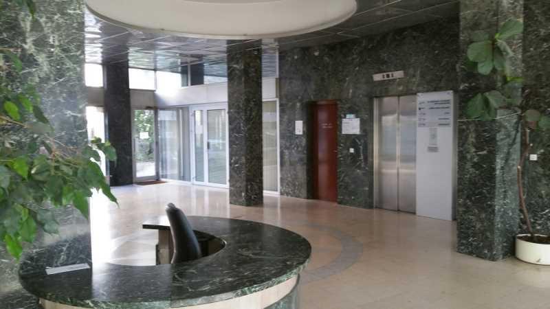 location vente bureaux rueil malmaison 92500 578m2. Black Bedroom Furniture Sets. Home Design Ideas