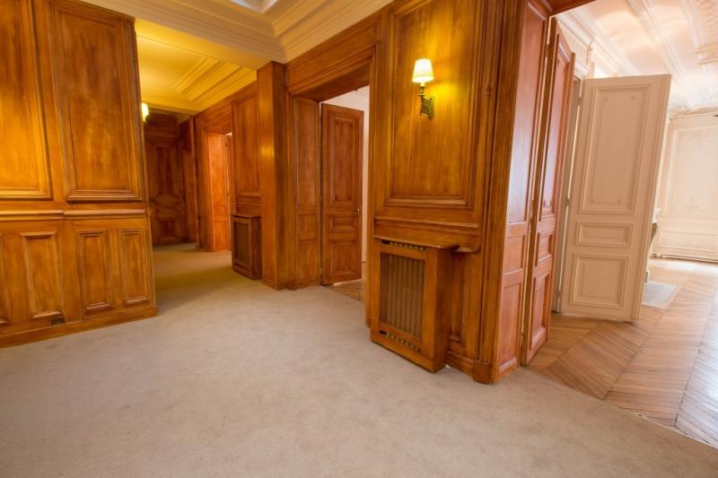 location bureaux paris 17 me 75017 152m2. Black Bedroom Furniture Sets. Home Design Ideas