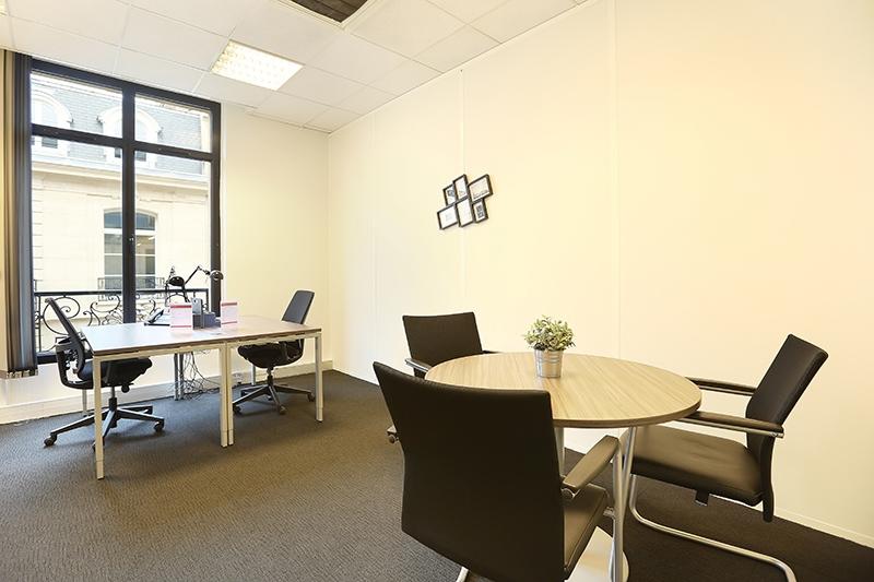 location centres d 39 affaires coworking paris 75016 10m2. Black Bedroom Furniture Sets. Home Design Ideas