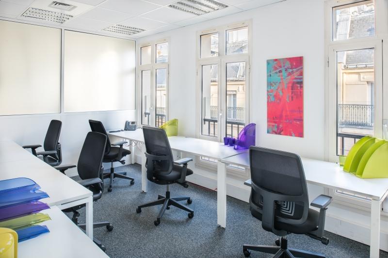 location centres d 39 affaires coworking paris 10 75010 10m2. Black Bedroom Furniture Sets. Home Design Ideas