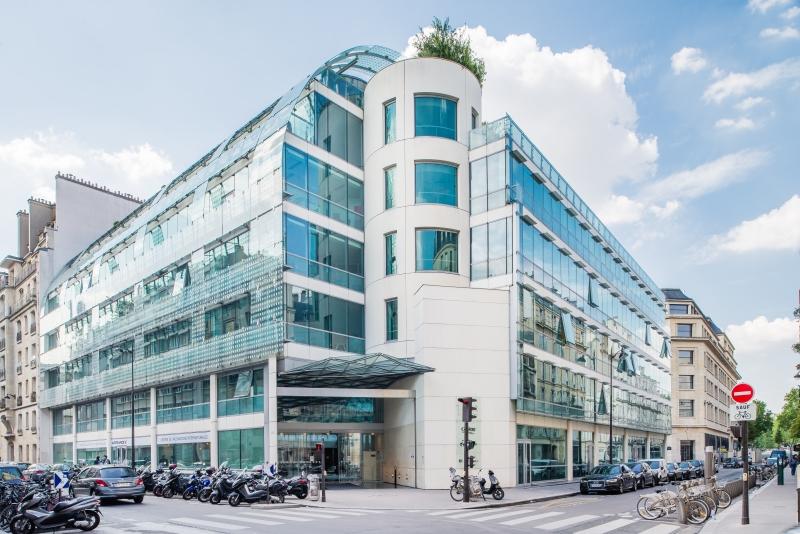 Location bureaux paris 75007 500m2 for Quai d orsay metro