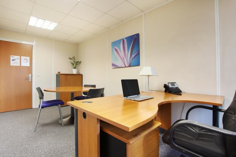 Plateaux de bureaux équipés de 100 m² à Meylan
