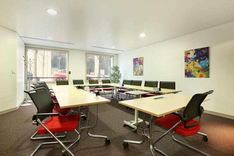 Location bureaux courbevoie for Location bureau 64