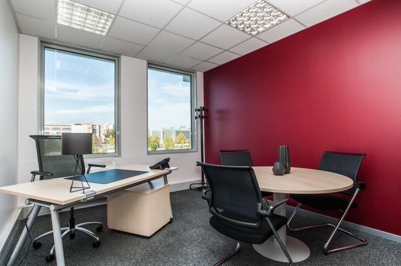 Location bureaux toulouse 31000 100m2 for Location bureau 64