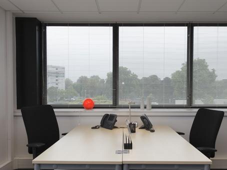 Plateaux de bureaux équipés de 100m² à Lille, Europe