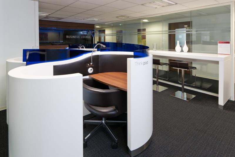 location coworking et centre d 39 affaires marseille 8 13008 10m2. Black Bedroom Furniture Sets. Home Design Ideas