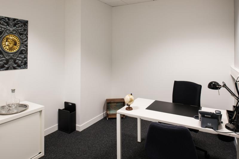 Bureau privé équipé à Stop & Work Beauvais