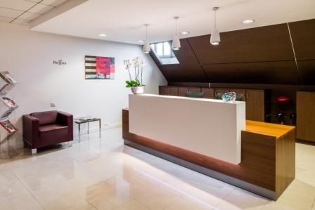 location bureaux paris 75008 10m2. Black Bedroom Furniture Sets. Home Design Ideas