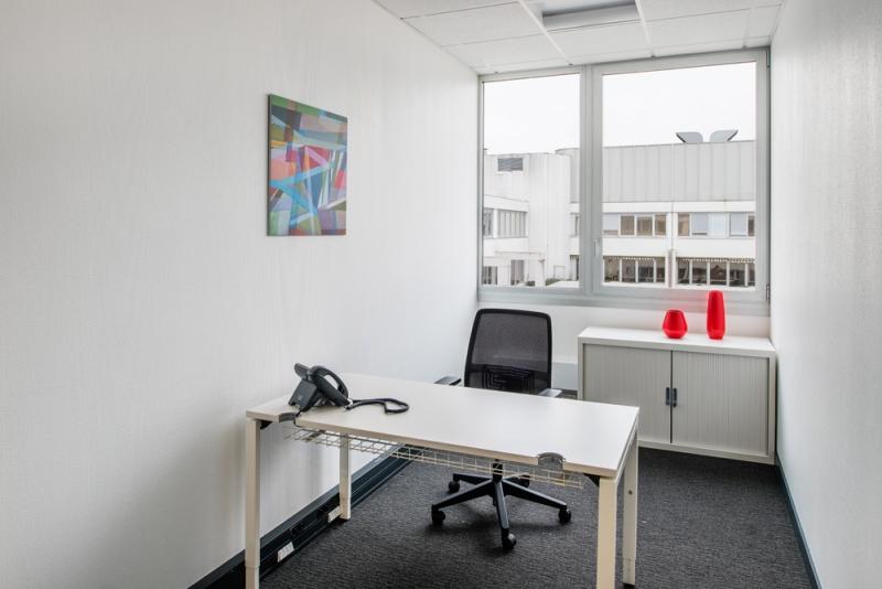 Bureau privé équipé à Rennes, 3 soleils