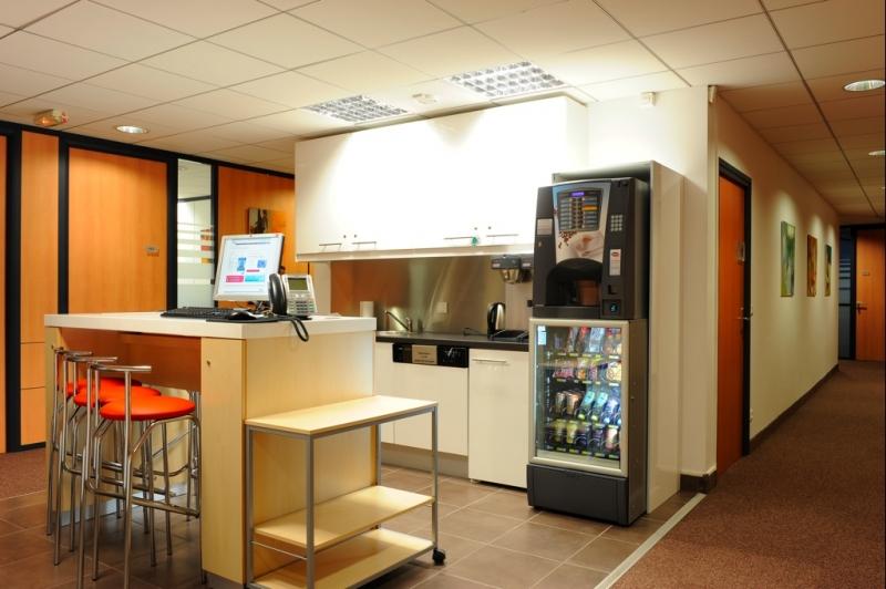 location bureaux lyon 03 69428 10m2. Black Bedroom Furniture Sets. Home Design Ideas