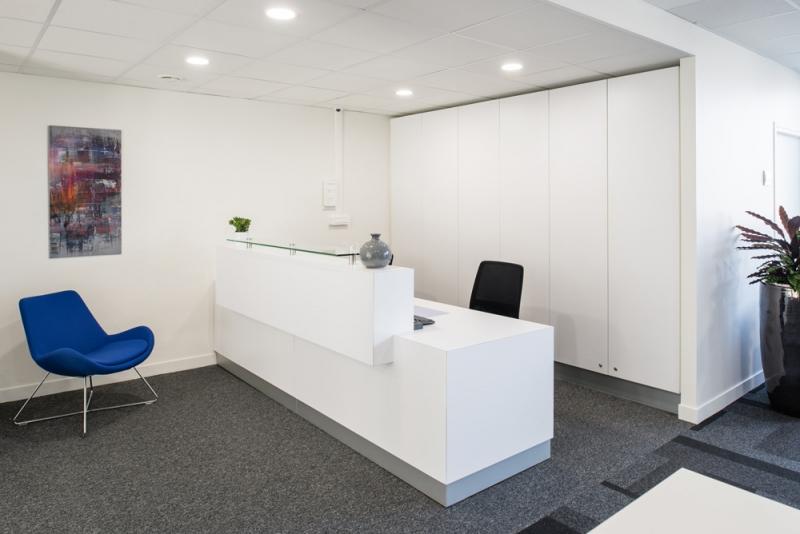 location bureaux montereau fault yonne 77130 10m2. Black Bedroom Furniture Sets. Home Design Ideas